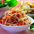 Салат из квашеной капусты с морковью по-корейски