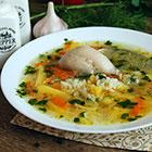 Вкусный куриный суп с рисом и картошкой