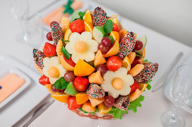 Букет из фруктов фото
