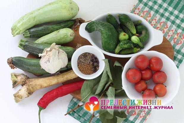 Ингредиенты для ассорти из овощей
