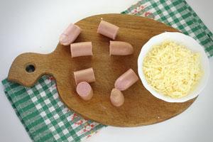 Сосиски и сыр